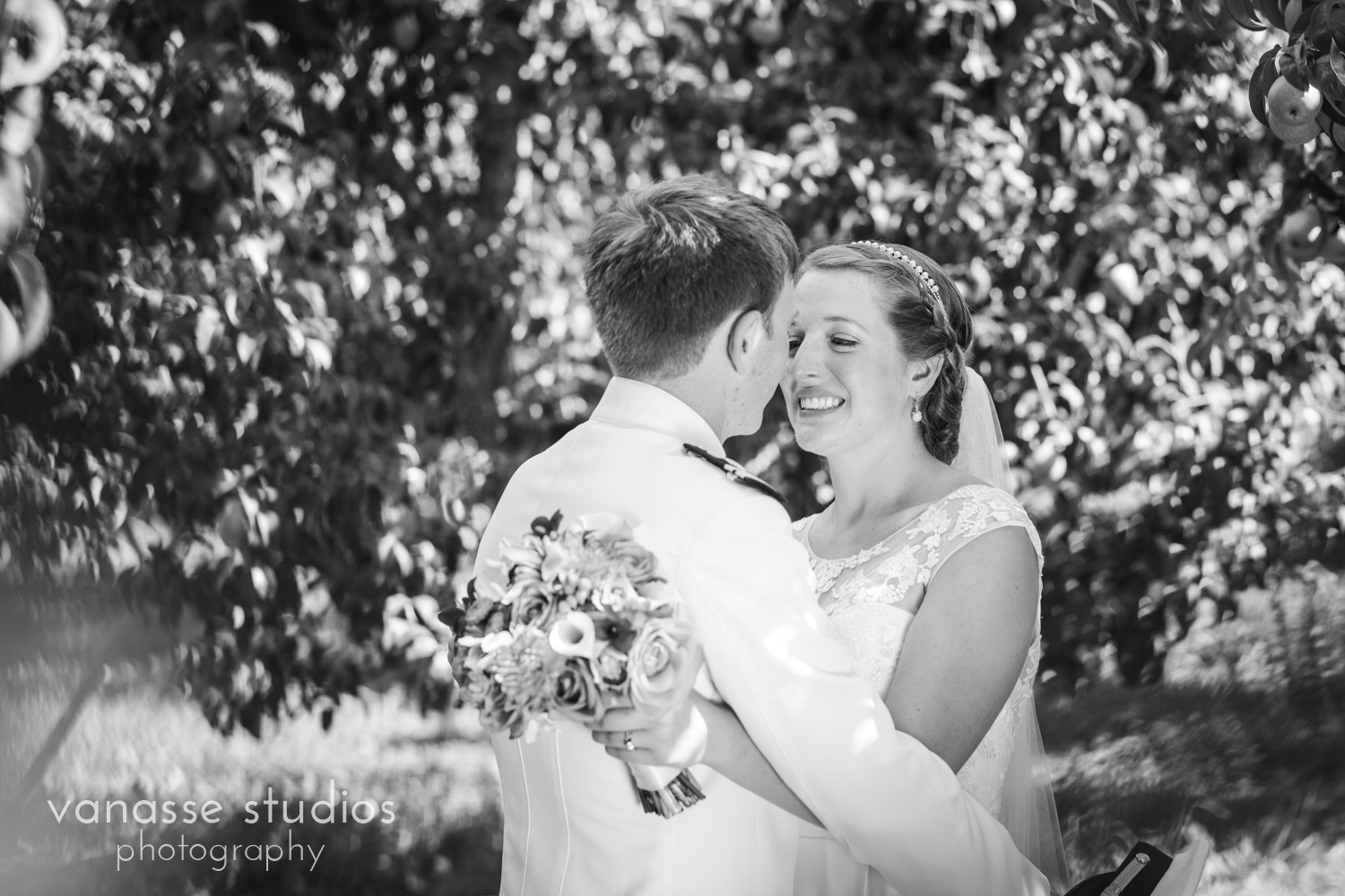 Leavenworth-Wedding-Photographers_AndreaMike_073.jpg