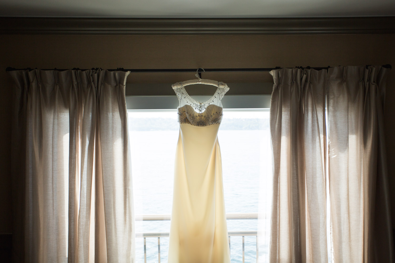 ZenziandCharlesBlog_Seattle-Wedding-Photographers_003.jpg