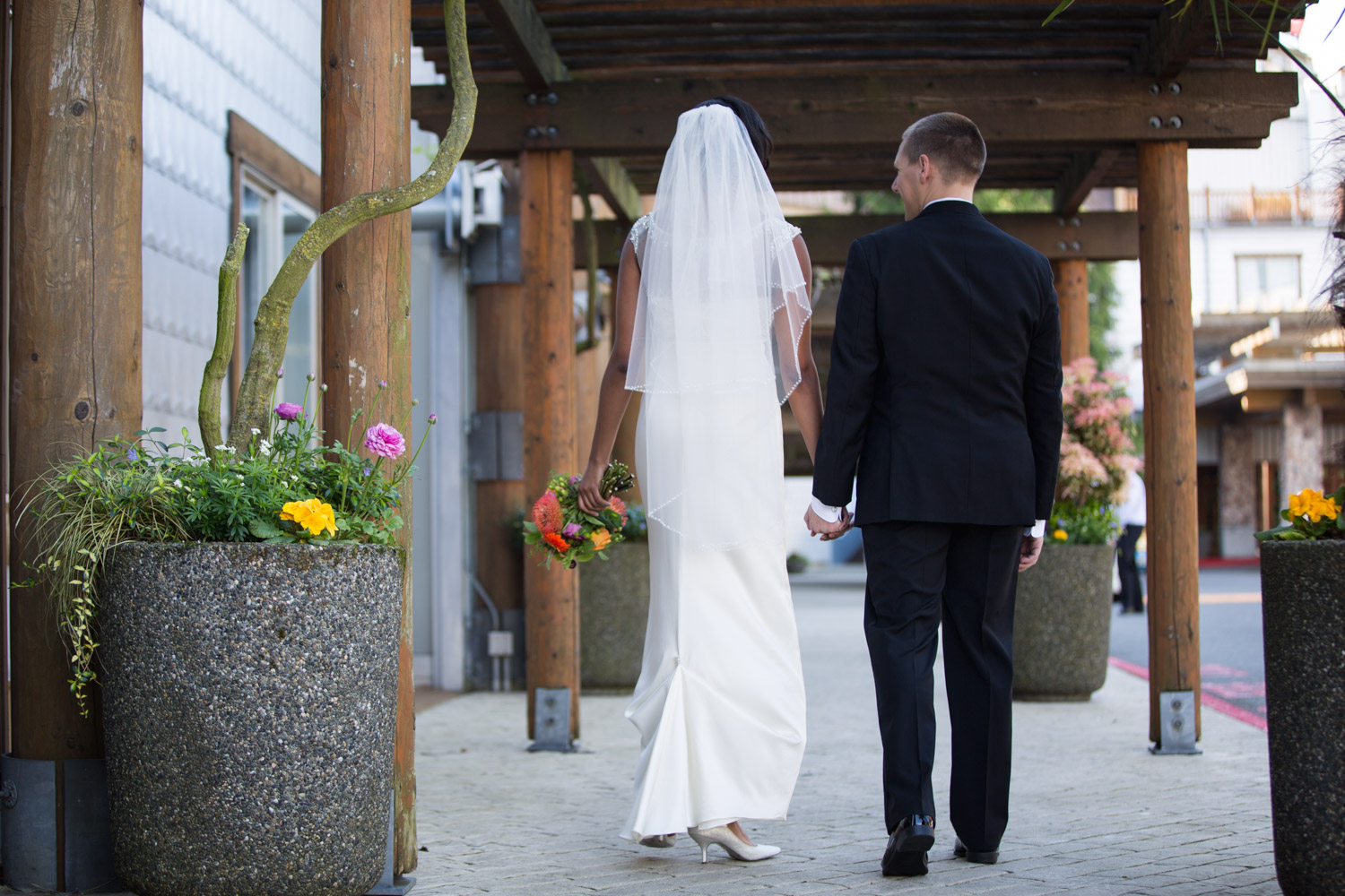 ZenziandCharlesBlog_Seattle-Wedding-Photographers_026.jpg