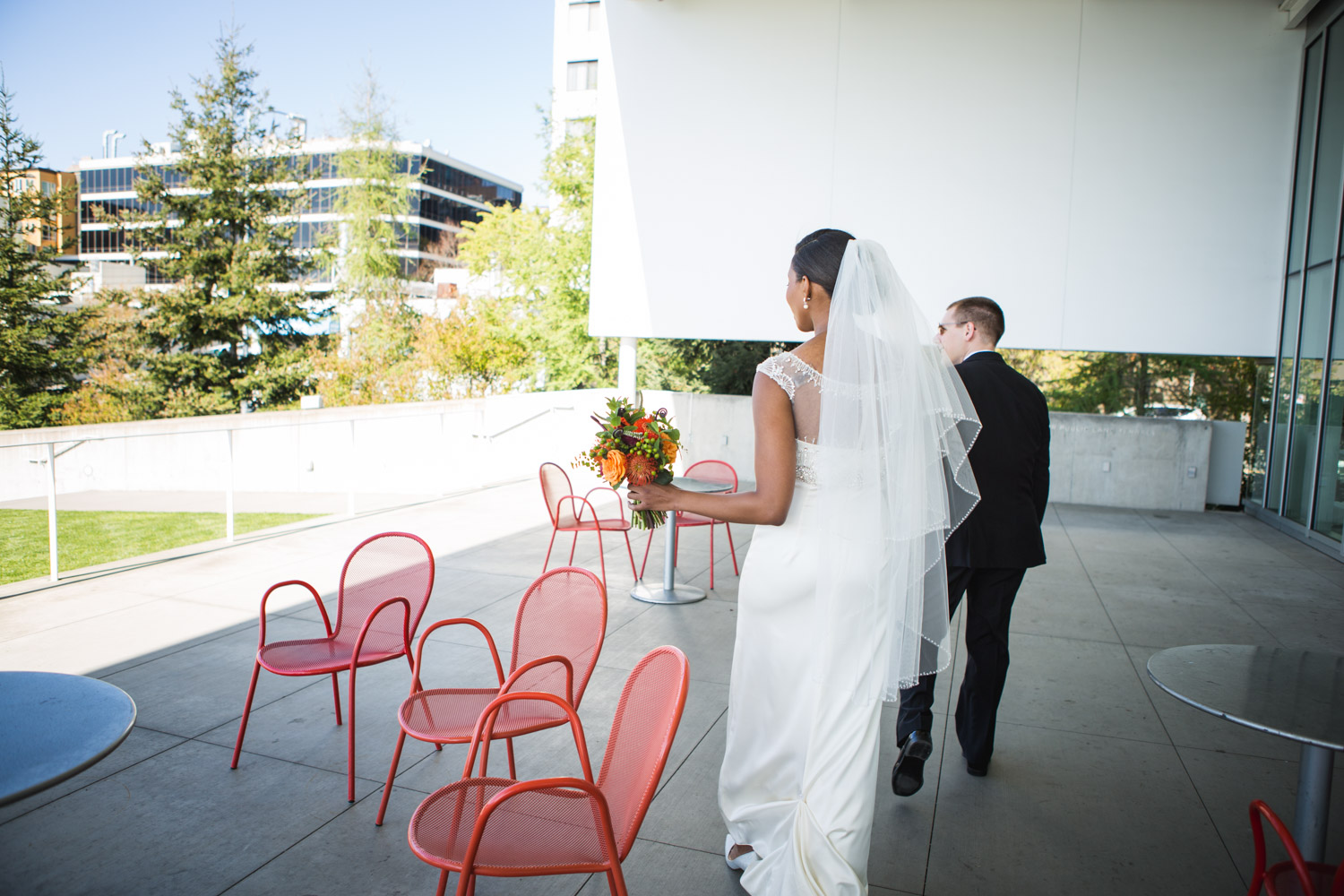 ZenziandCharlesBlog_Seattle-Wedding-Photographers_035.jpg