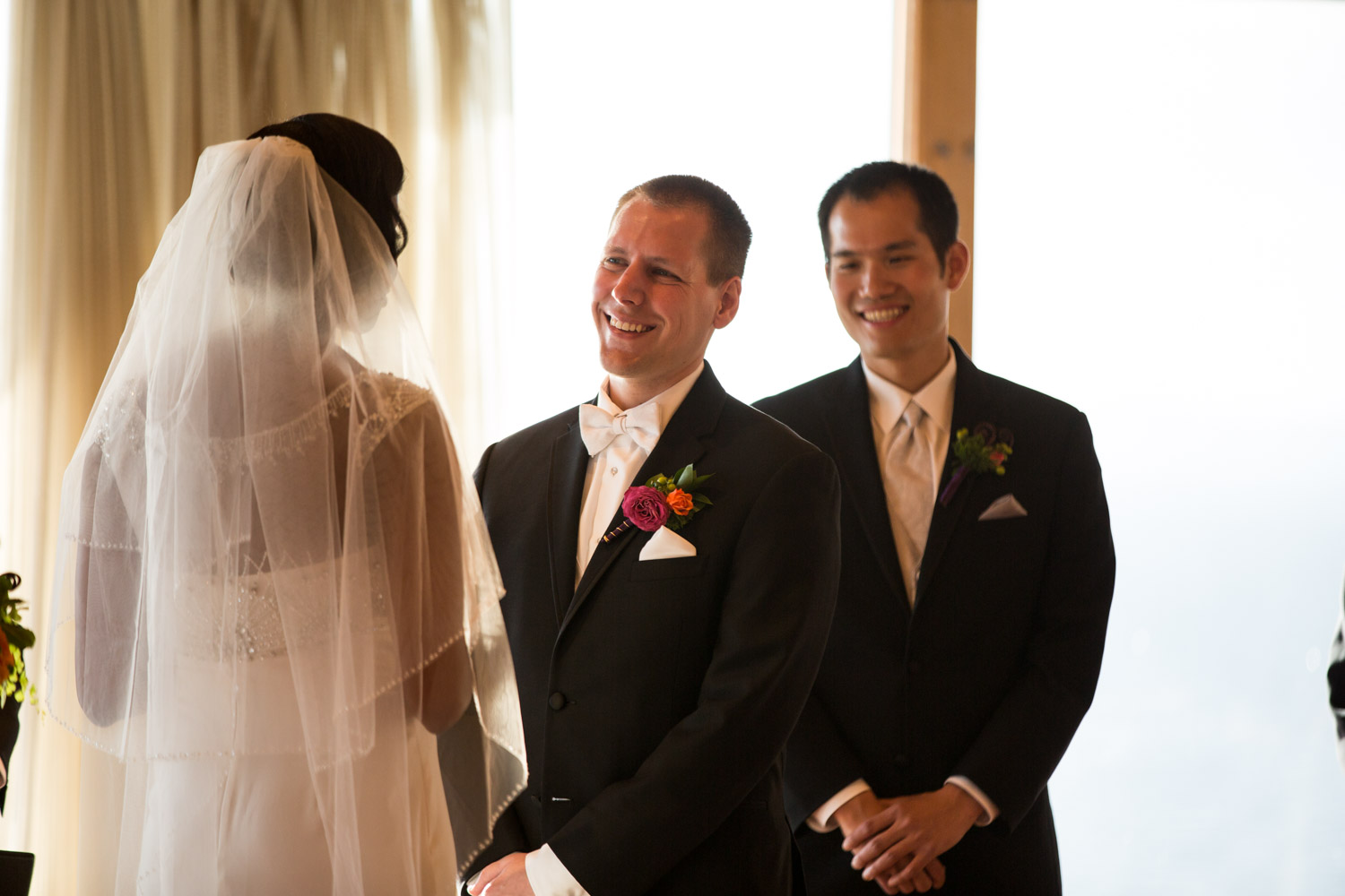 ZenziandCharlesBlog_Seattle-Wedding-Photographers_055.jpg