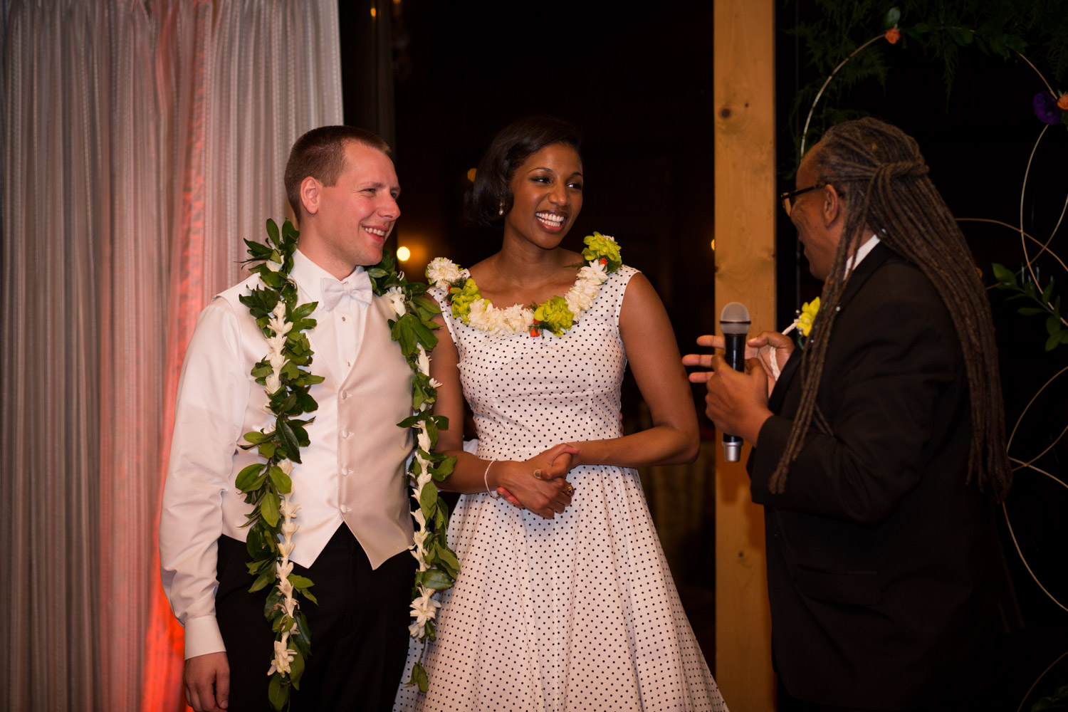 ZenziandCharlesBlog_Seattle-Wedding-Photographers_086.jpg