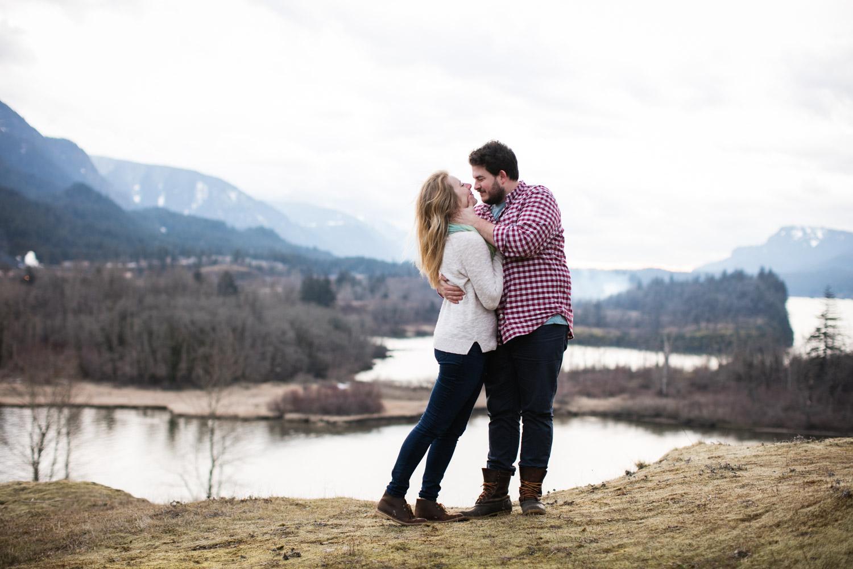 Portland-Adventure-Wedding-Engagement-Elopement_007.jpg