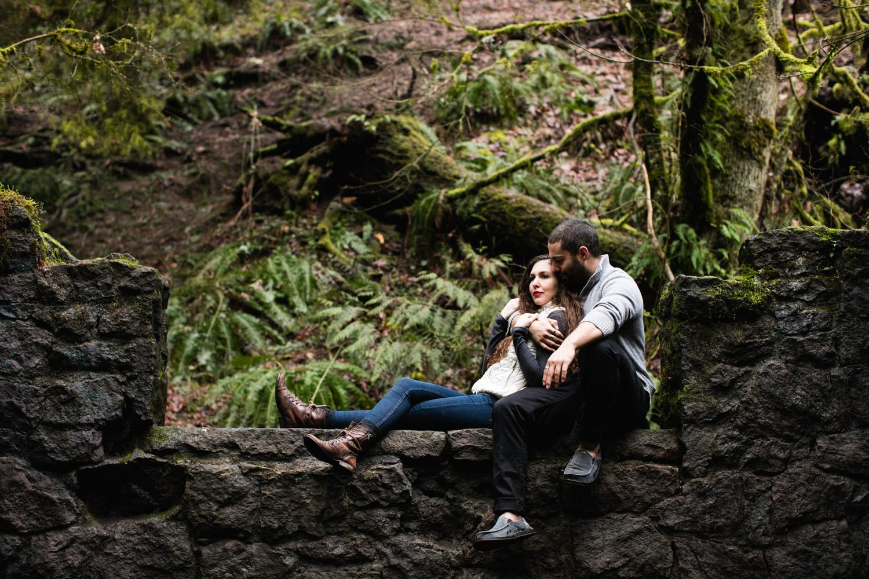 Portland-Adventure-Engagement-Photographers_Forest-Park_SM_021.jpg