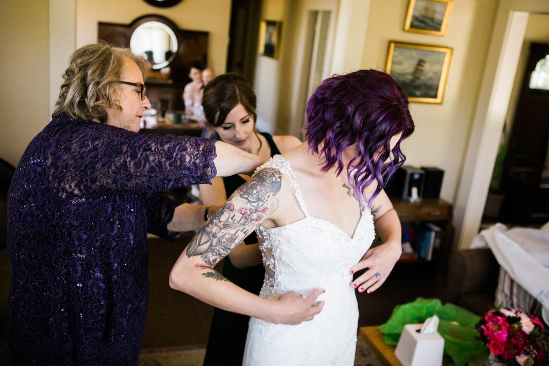 Portland-Wedding-Photographers-Emilie-Ronald_024.jpg