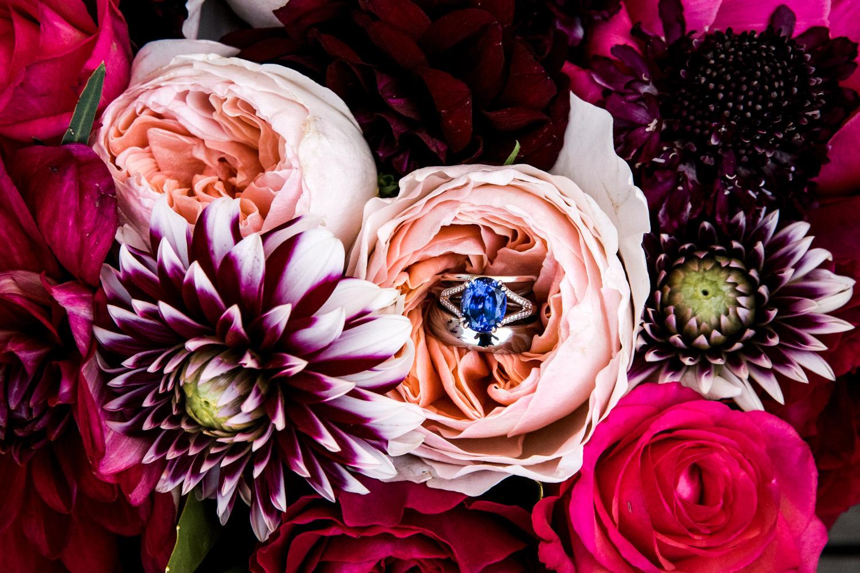 Portland-Wedding-Photographers-Emilie-Ronald_041.jpg