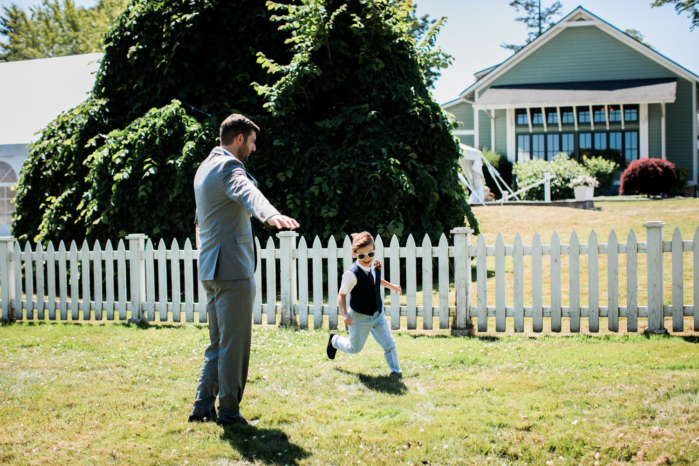 Portland-Wedding-Photographers-Emilie-Ronald_044.jpg