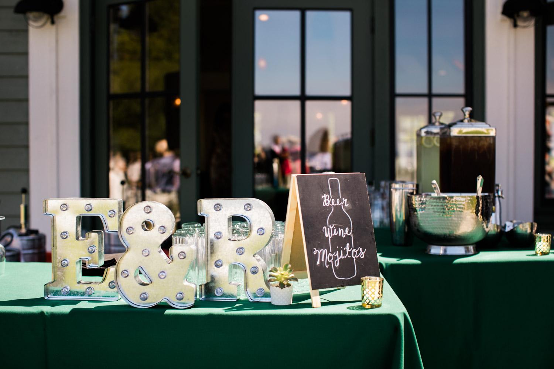 Portland-Wedding-Photographers-Emilie-Ronald_063.jpg