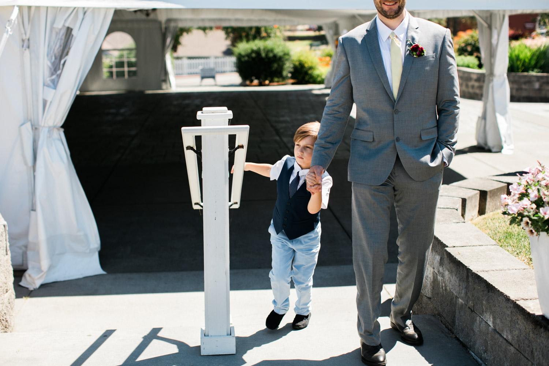 Portland-Wedding-Photographers-Emilie-Ronald_071.jpg