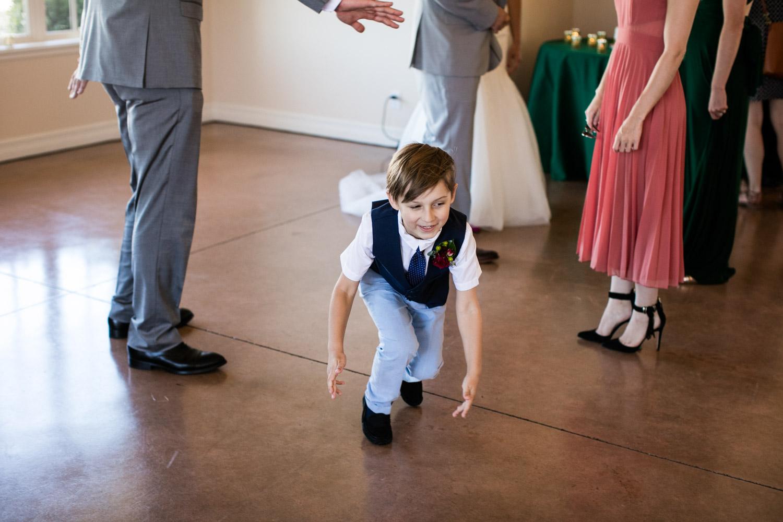 Portland-Wedding-Photographers-Emilie-Ronald_085.jpg