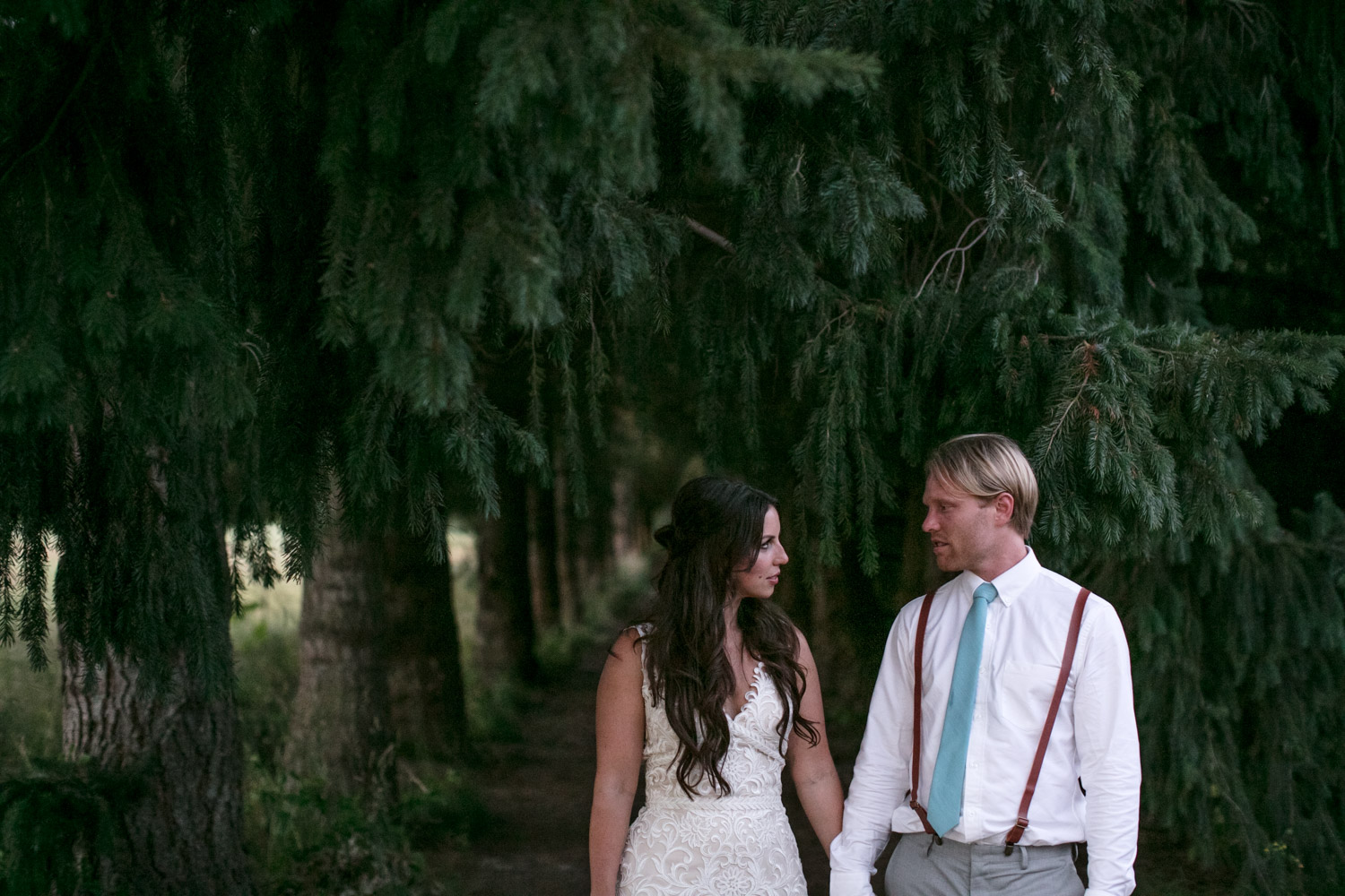 Portland-Wedding-Photographers-MadelineandTrevor_Blog_158.jpg