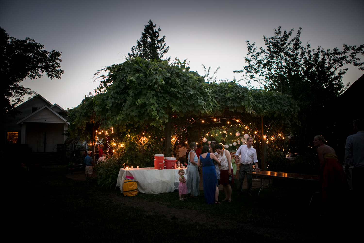 Portland-Wedding-Photographers-MadelineandTrevor_Blog_162.jpg