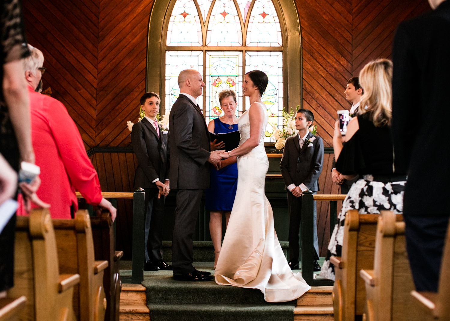 Portland-Wedding-Photographers-Opal-28-Oaks-Pioneer-Church_CadenceandRob_022.jpg