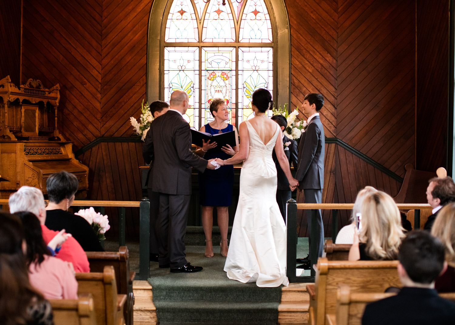 Portland-Wedding-Photographers-Opal-28-Oaks-Pioneer-Church_CadenceandRob_023.jpg