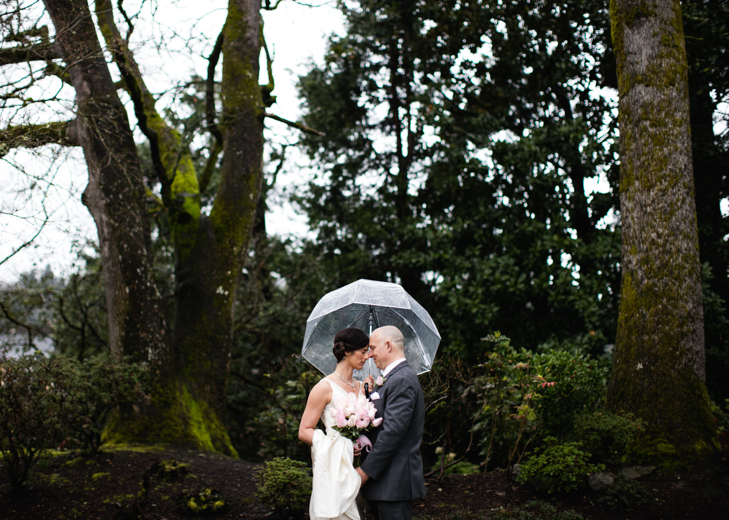 Portland-Wedding-Photographers-Opal-28-Oaks-Pioneer-Church_CadenceandRob_027.jpg