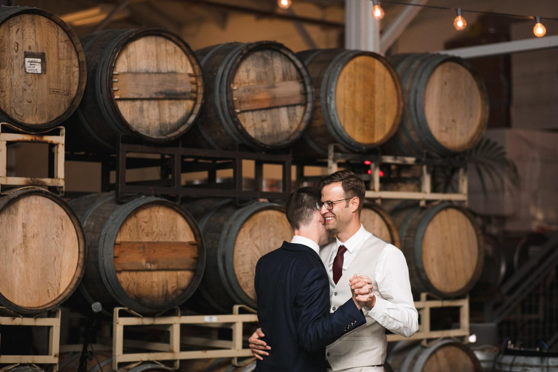 Coopers-Hall-Wedding-Photography_035.jpg