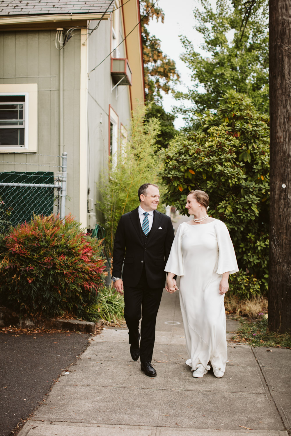 Portland-Wedding-Photographers-Opal-28-Caitlin-and-Jon_007.jpg