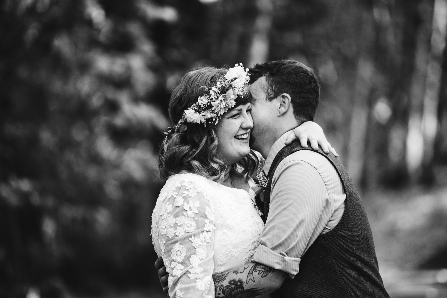Portland-Oregon-Indie-Wedding_Photographers_014.jpg
