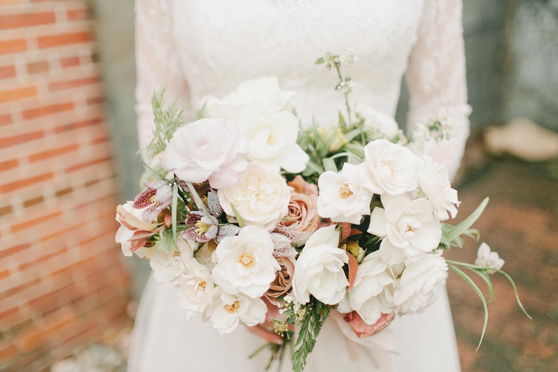 BRUCE ELLEN WEDDING-BLANC pt 1-0242.jpg