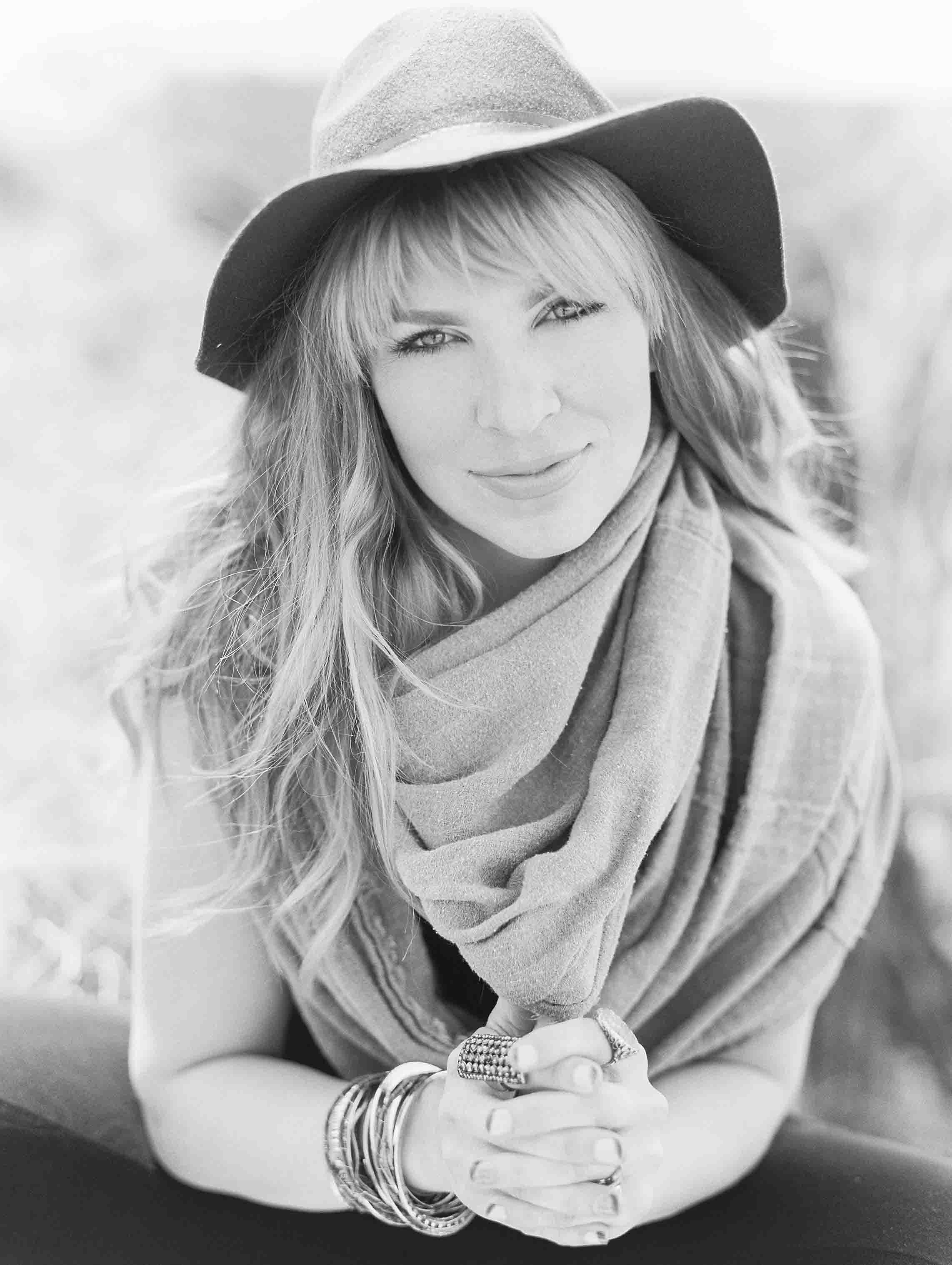 Janie-Rocek-headshot-by-Lisa-O'Dwyer-10.jpg