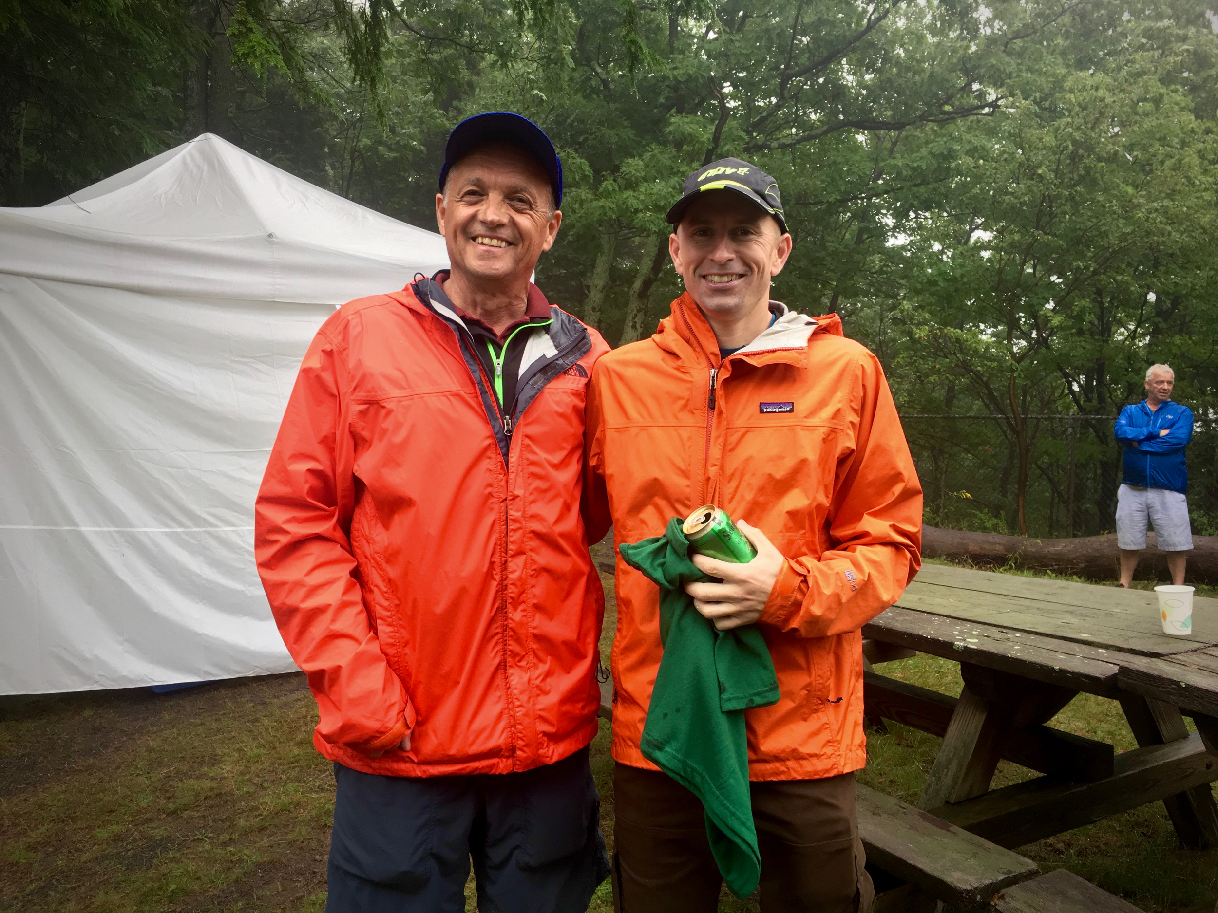 Dick Vincent who is the Escarpment Trail Runs RD for the 40th year running, standing with 13 x winner and a member of the 300 mile club, Ben Nephew!