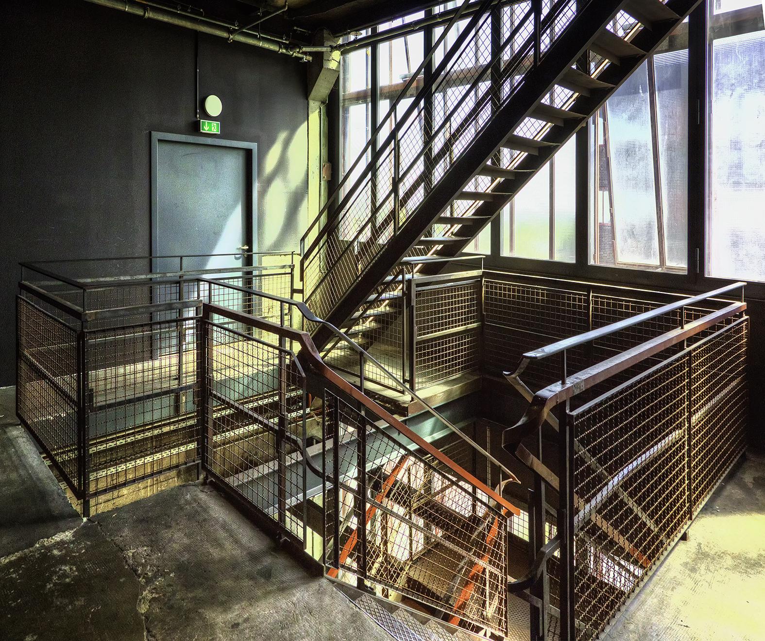 011 Zeche Zollverein.jpg