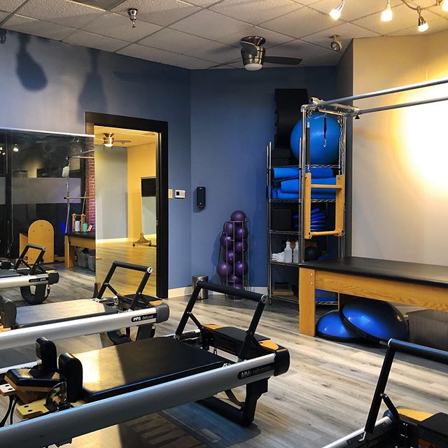 We want to show off our new facelift! 🎉Come by and try us out during the #sewickleyharvestfestival on September 7th. We will have three free 30 minute sessions at 11am, 12pm, & 1pm. Click the link in our bio to sign up! Only 10 spots available per session. #pilates #sewickley #pittsburgh #matpilates #fitness #core #coreworkout