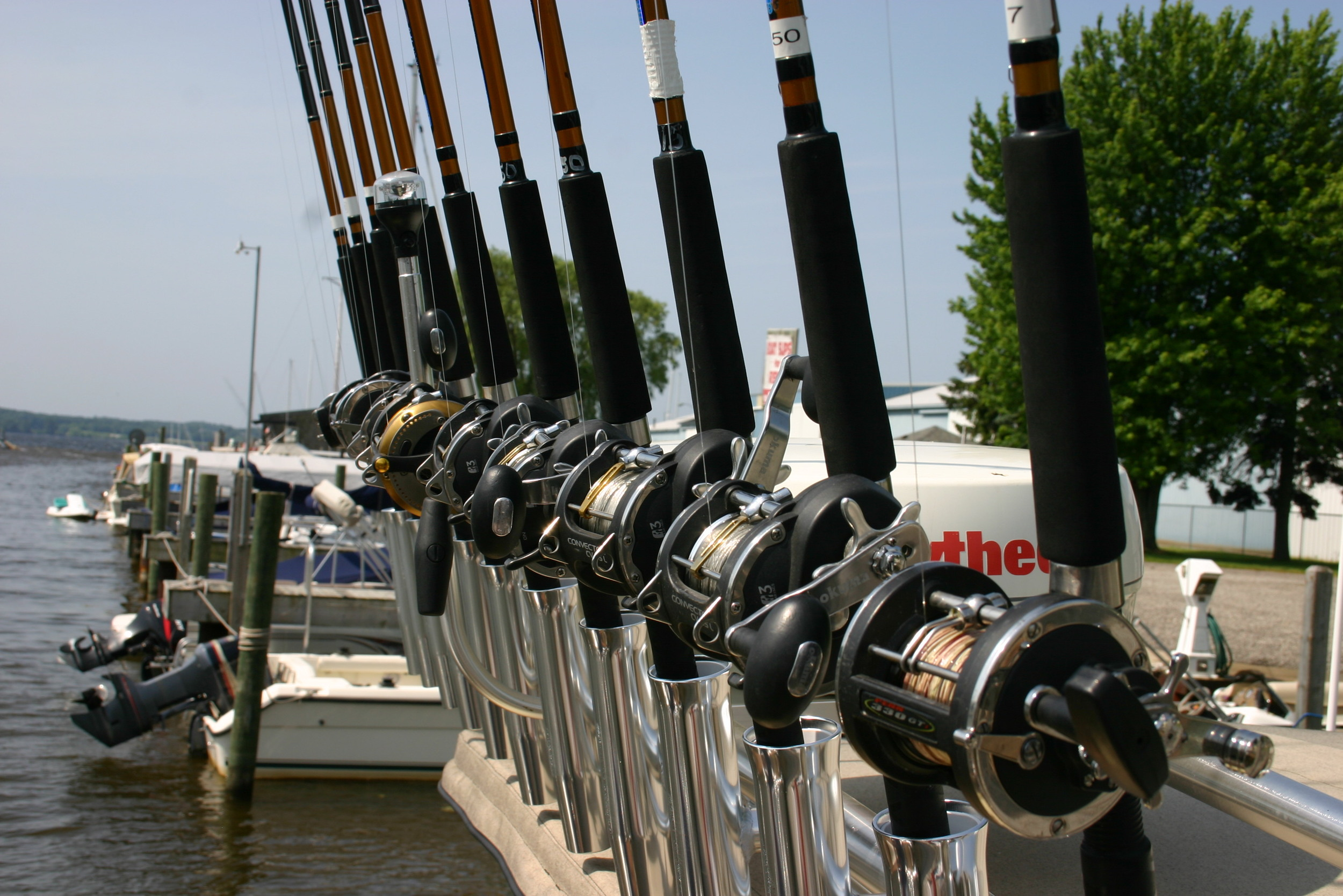 All new arch with over 30 rod holders and rods ensure you land that big catch.