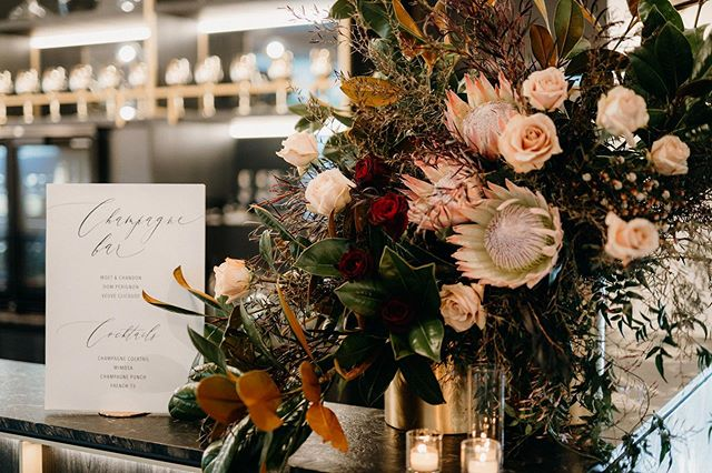 The weather outside has got us dreaming of moody moments like this luxe bar set up.  Photo | @amanda_thomas_photography  Florals + styling | @libertyeventstyling  Venue| Tote on Ascot @ellerslieraces  #moody #eventflorals #nzvenues #eventstylists #eventstyling #libertyeventstyling #bar #nothingisordinary