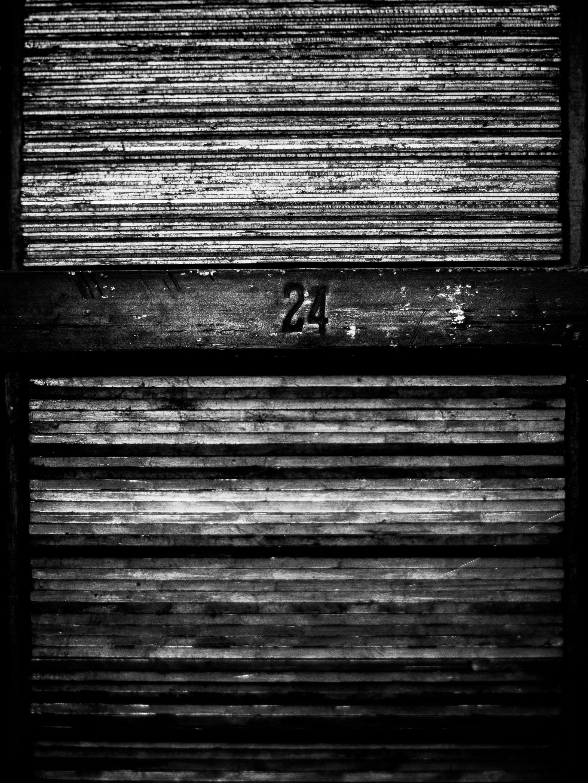20110421_foils_dies_0092A_.jpg