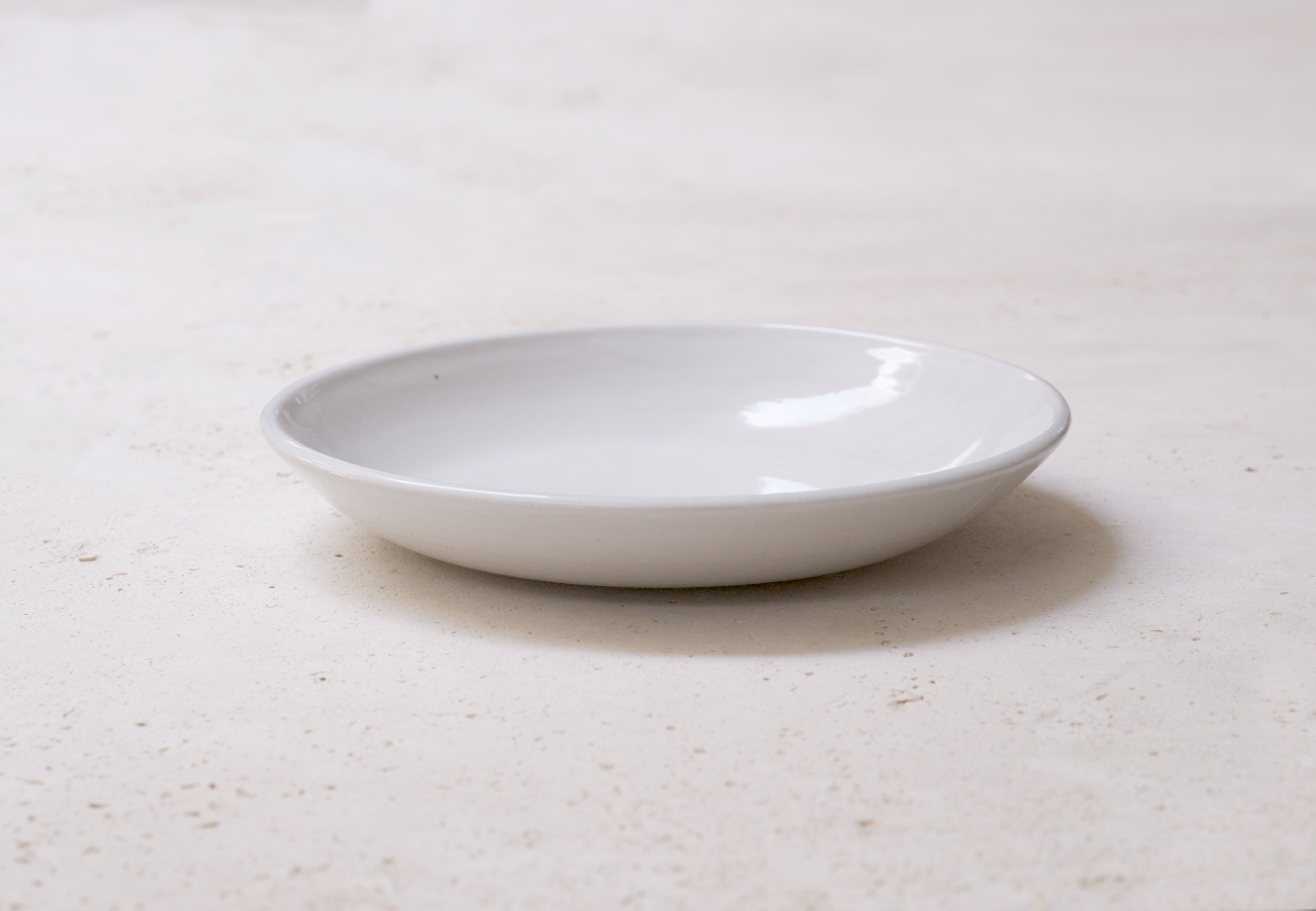 IrvingPlaceStudio_ShallowBasicBowl_porcelain.jpg