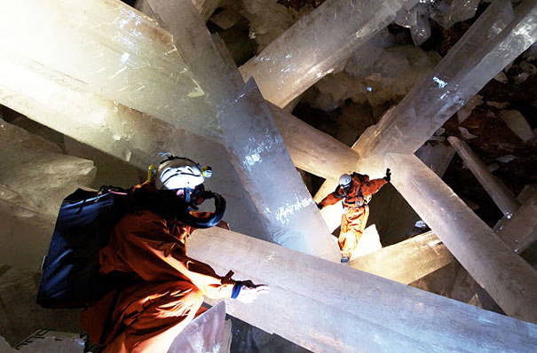 cave-of-crystals-mexico-5.jpg