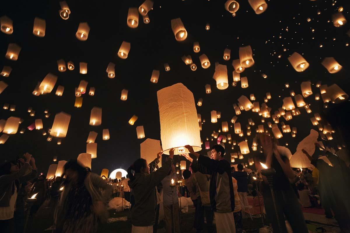 chiang_mai_loy_krathong_aaa32-2.jpeg