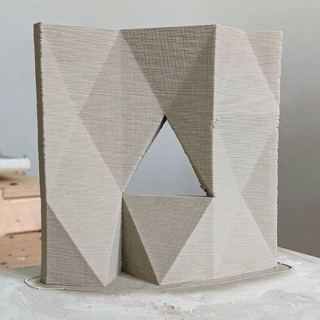 faceted facade . . . . #art #architecture #sculpture #clay #ceramic #3dprinting #diy #midcentury  #abstract #lowpoly #earthenware #workinprogress