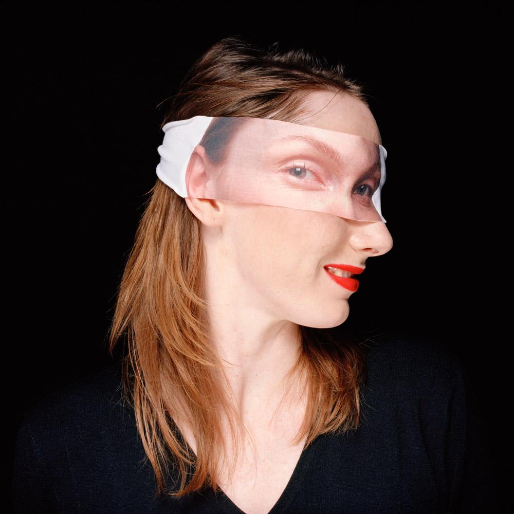 Beata maska 4 26 11_skan_sRGB.jpg