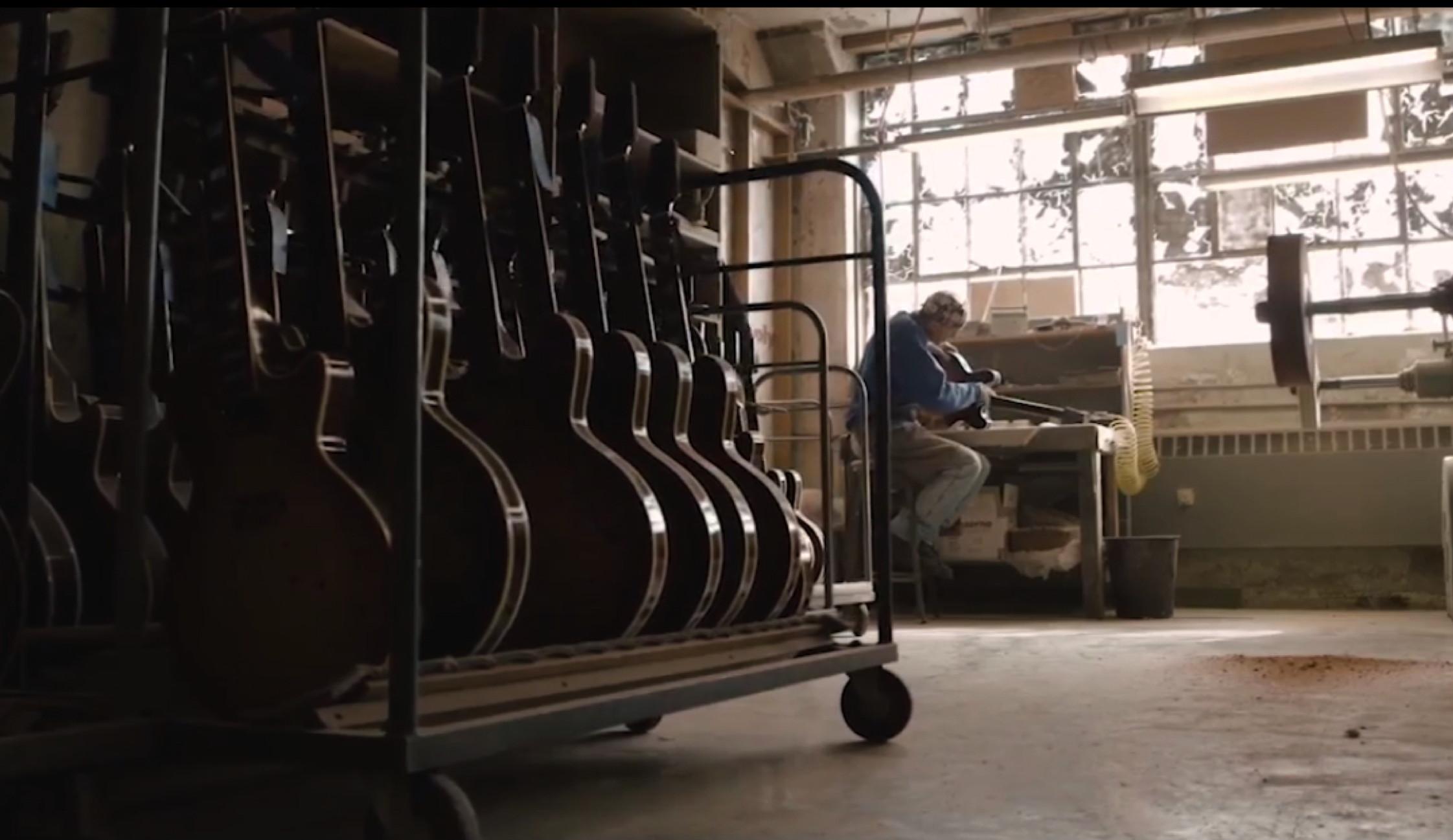 Gibson2.jpg