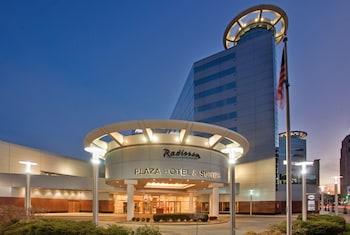 Radisson Plaza Hotel    100 W. Michigan Avenue,    Kalamazoo, MI 49007