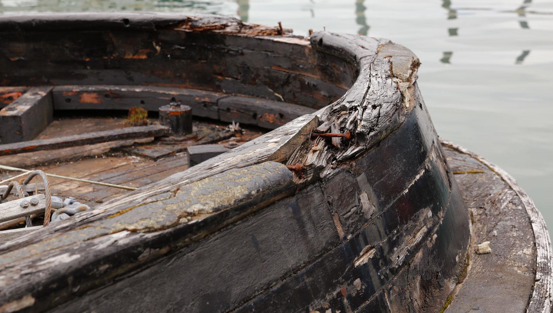 Tug BEE bulwarks scar tugboat southeast alaska