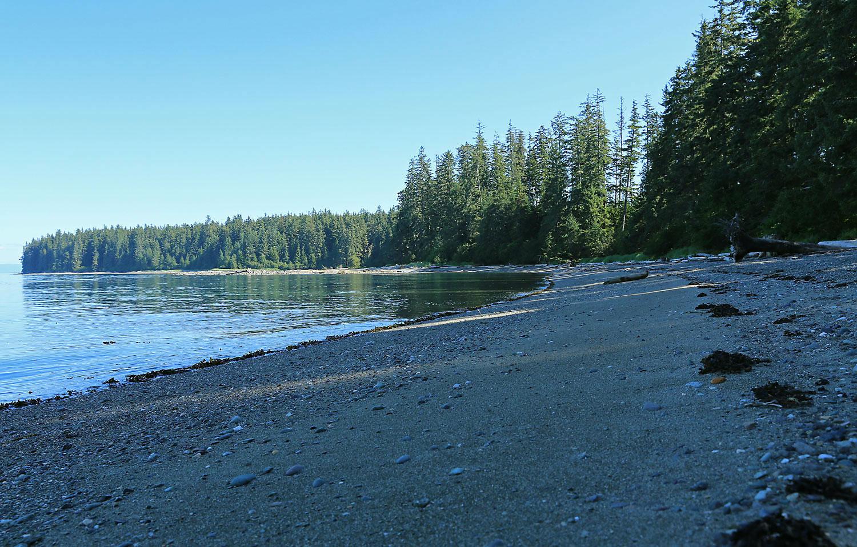 ...and a sandy, pebbly stretch of Memorial Beach.