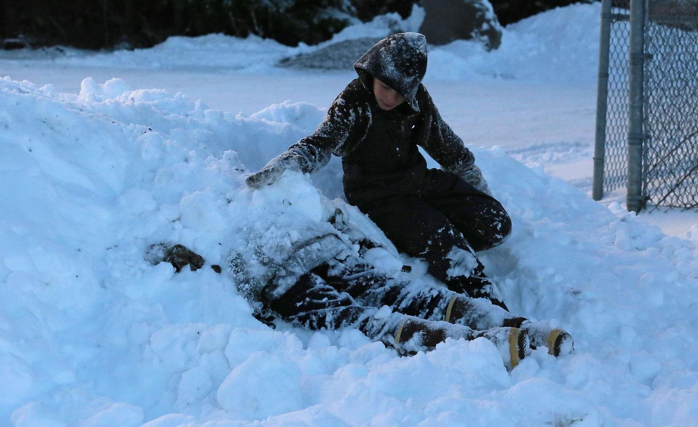 Burial at snow.