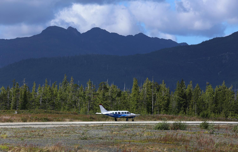 Harris Air Klawock Alaska runway taxi mountains pretty
