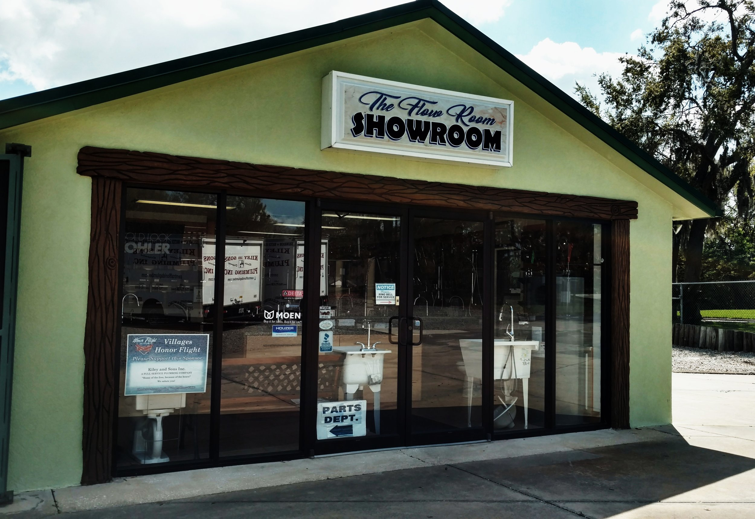 """COME VISIT OUR FULLY FUNCTIONAL """"FLOW ROOM SHOWROOM"""""""