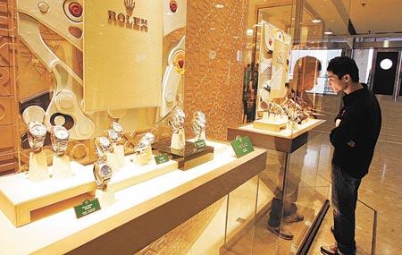 Swiss luxury watches remain popular in Mainland China