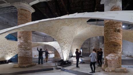 Armadillo Vault, Venice, Italy, photo by Iwan Bann