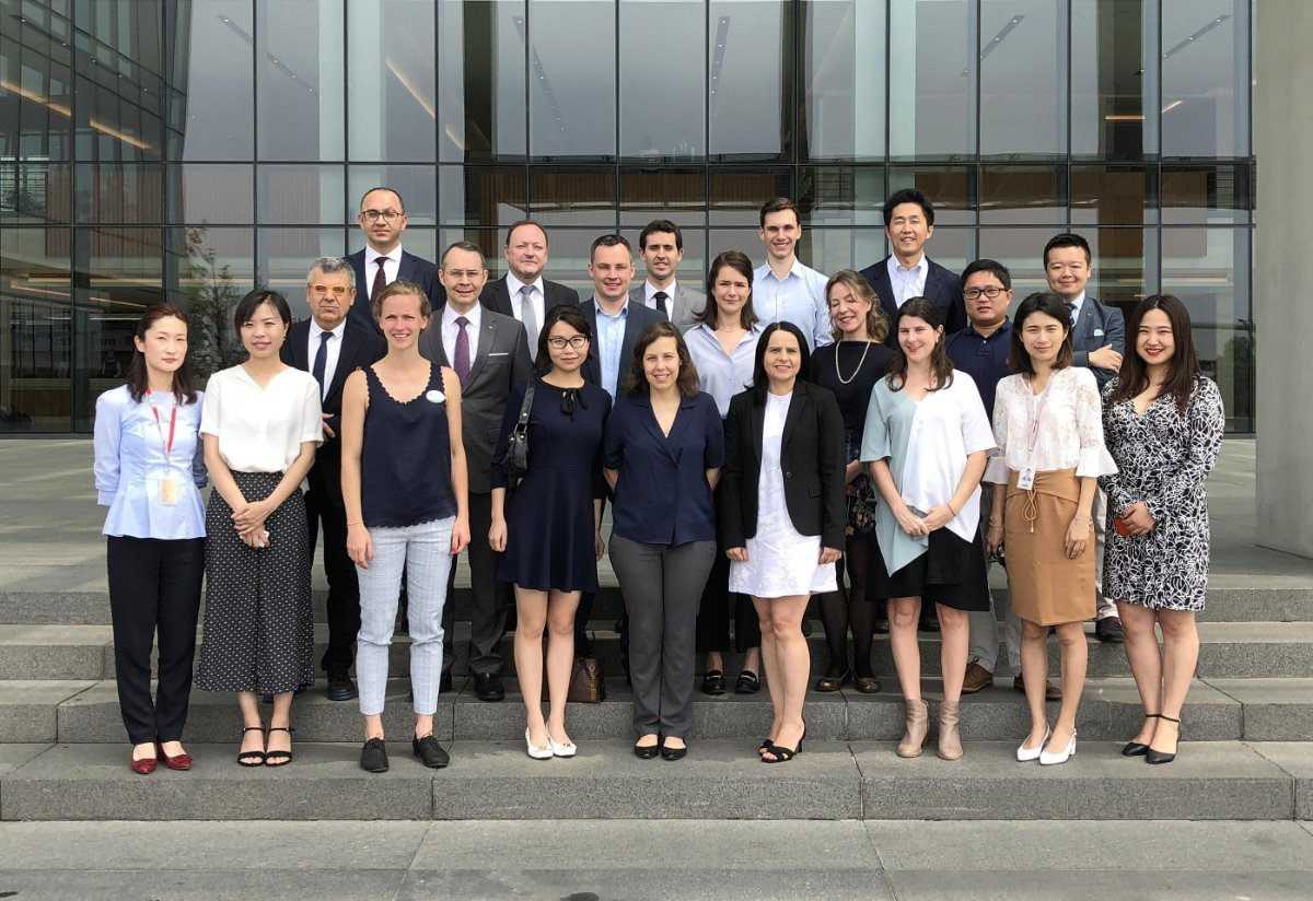 swissnex China joins its peers from the S&T Diplomatic Circle for a memorable tour of the Huawei R&D Center in Shanghai.