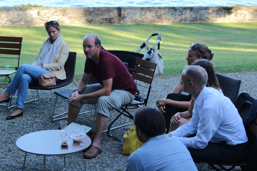 Later on, everybody had dinner together, and the participants continued the discussions on the lakeside.