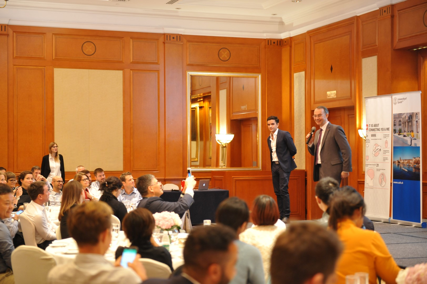 An active audience of 80 people joined the Blcokchain luncheon