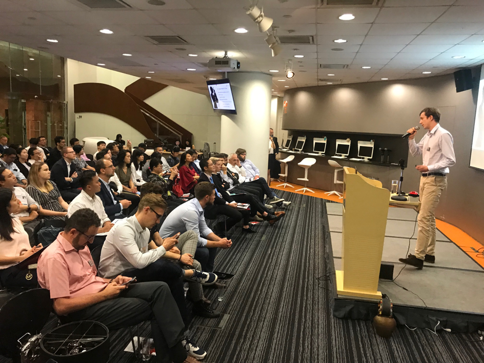 Alexis Steinman, co-founder of Tomplay pitching in front of a very interested crowd in Hong Kong
