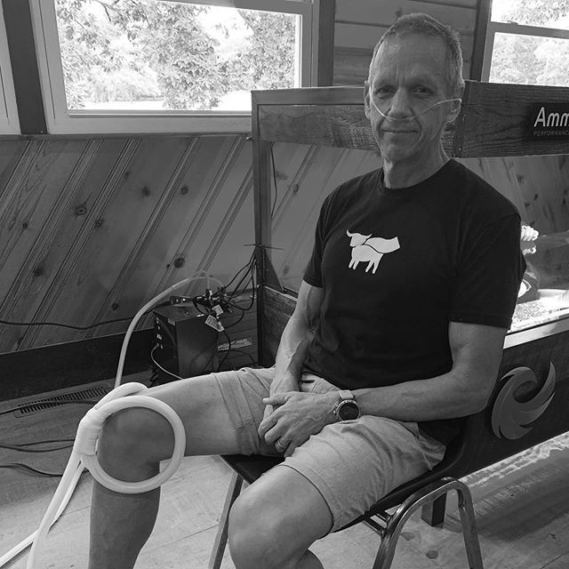 Attending Maverick 1000 camp in the Poconos. Dr Steve Young hooked me up this morning with some treatment for my knee and some hydrogen breathing. I am feeling so strong these days, reminding myself to focus on being healthy, careful not to overtrain for my upcoming 5.8 Adventure Series. Mentally it's hard to just relax, to remember that the hard work is mostly done and now my body needs to heal and my mind needs to prepare for the task at hand. #englerunningman #beyondmeat #volcom #recoveryisworthit #tmobile #trailtalk #maverick1000 #runningsober #ultrarunner #recoveryisworthit #recoveryispossible #wedorecover #dayoff #crosstraining #healthylifestyle #runningmotivation #aroo #poweredbyplants #beastmode #spartantrail #vitalreds #dickssportinggoods #corosvertix