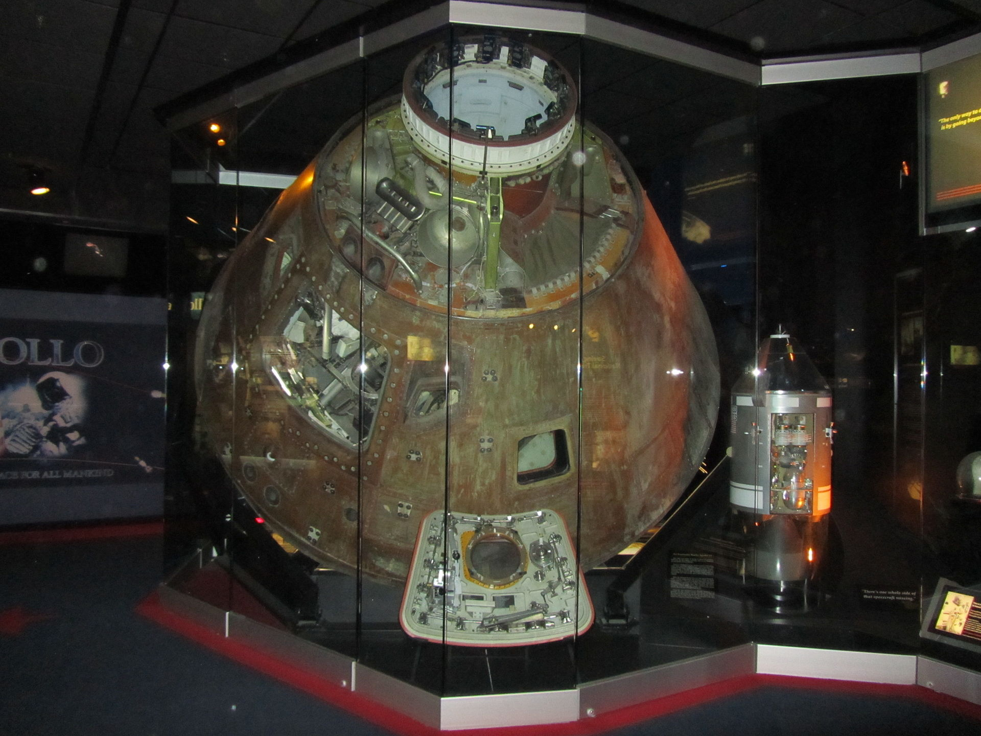 Apollo 13 -  Kansas Cosmosphere and Space Center
